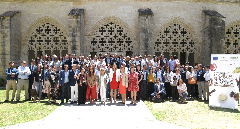Extenga organiza un encuentro internacional entre 40 bodegas ...