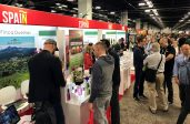 Stands de empresas andaluzas en la feria Natural Products Expo West en California